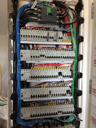 nilux-instalacoes-eletricas-prediais-comerciais-industriais